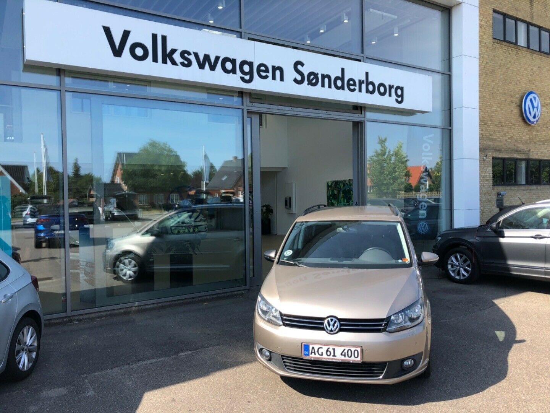 VW Touran 1,6 TDi 105 Comfortline BMT 7prs 5d