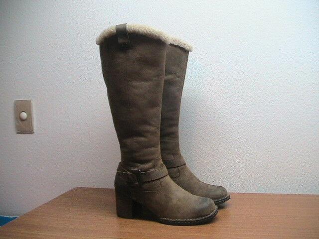 Damenschuhe Zip 7.5 BORN Braun Distressed Suede Side Zip Damenschuhe Tall Shearling Lined Stiefel 3786e7
