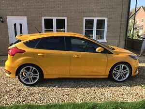 ford focus st mk3 wheels ebay. Black Bedroom Furniture Sets. Home Design Ideas