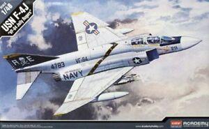 Académie 1/48 Mcdonnell F-4j Spectre Vf-84 Jolly Rogers # 12305