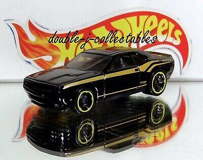 Roxo /'15 Dodge Challenger equipe de resposta Especial 2020 Hot Wheels décadas Throwback alvo