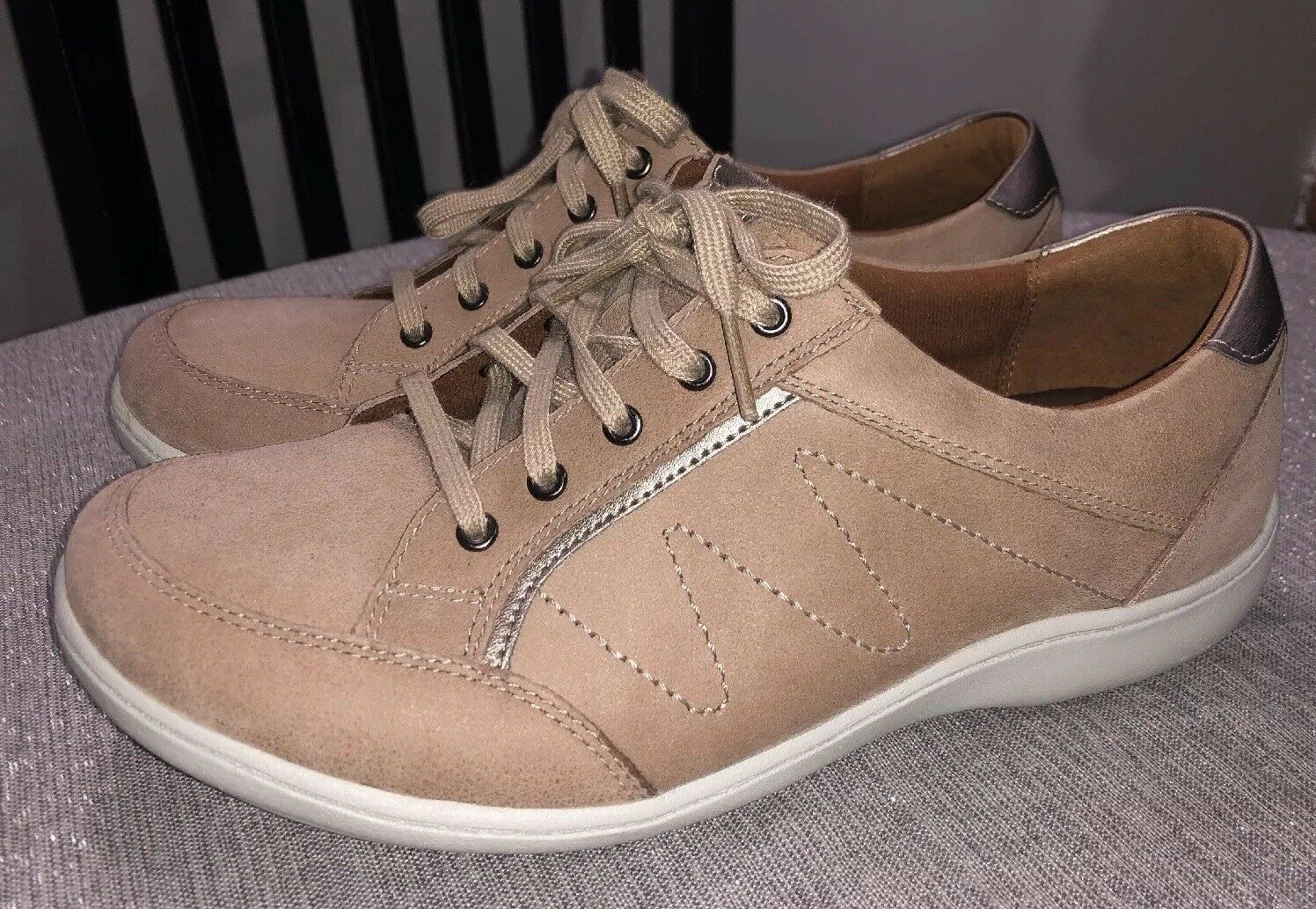 Aravon Womens Bromly Leather Low Top Lace Up Sneakers Tan Sz 9 D  New