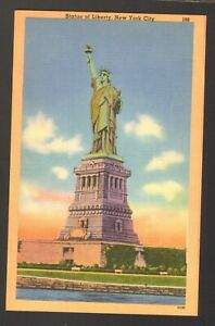 Unused-Postcard-Statue-of-Liberty-New-York-City-NYC