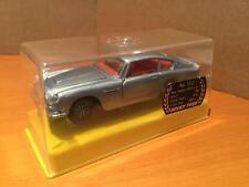 Dinky Toys 153 Aston Martin DB6 metallic silver blue car NMIB