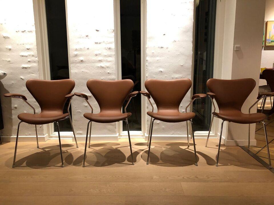 Arne Jacobsen, 3207 Arne Jacobsen, Stol