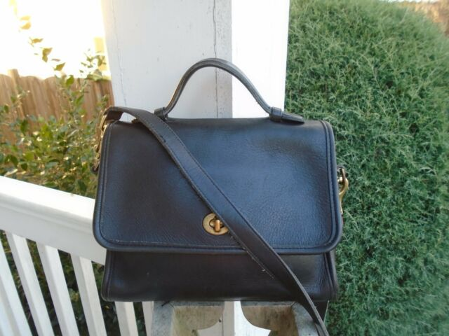 Vintage Coach Black Leather  9870 Court Bag Crossbody Shoulder Bag made in  USA c37bca3216af0
