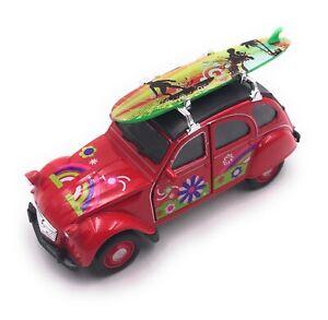 Citroen-2CV-Modele-en-Rouge-Planche-de-Surf-Toit-Fleur-Masstab-1-3-4-Licence