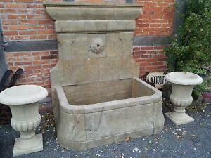 Pozzi Decorativi Da Giardino : Pietra naturale fontana muro fontana con fioritura giardino