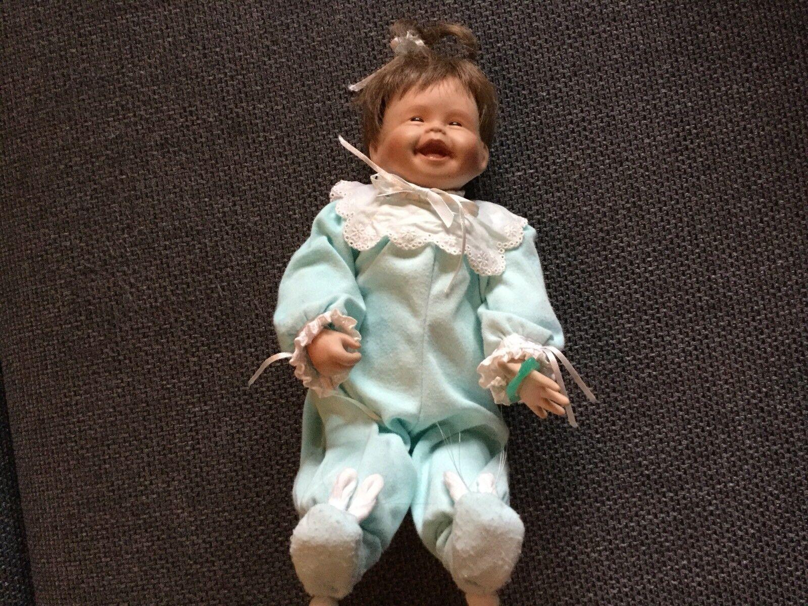 """Porzellanpuppe von Ashton Drake """" Mein Erster Erster Erster Zahn"""" ba7164"""
