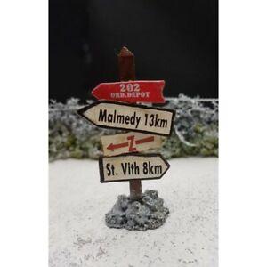 KING-amp-COUNTRY-Decor-diorama-panneau-directionnel-MALMEDY-ST-VITH-Ardennes-1944