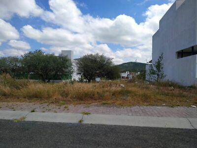 En Venta Terreno en Colinas de Juriquilla, 200 m2 , para hacer tu nuevo hogar !!