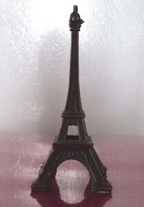 Nice-Decorative-Tiny-Eiffel-Tower-Metal-Art-Toy-4-Inches-high