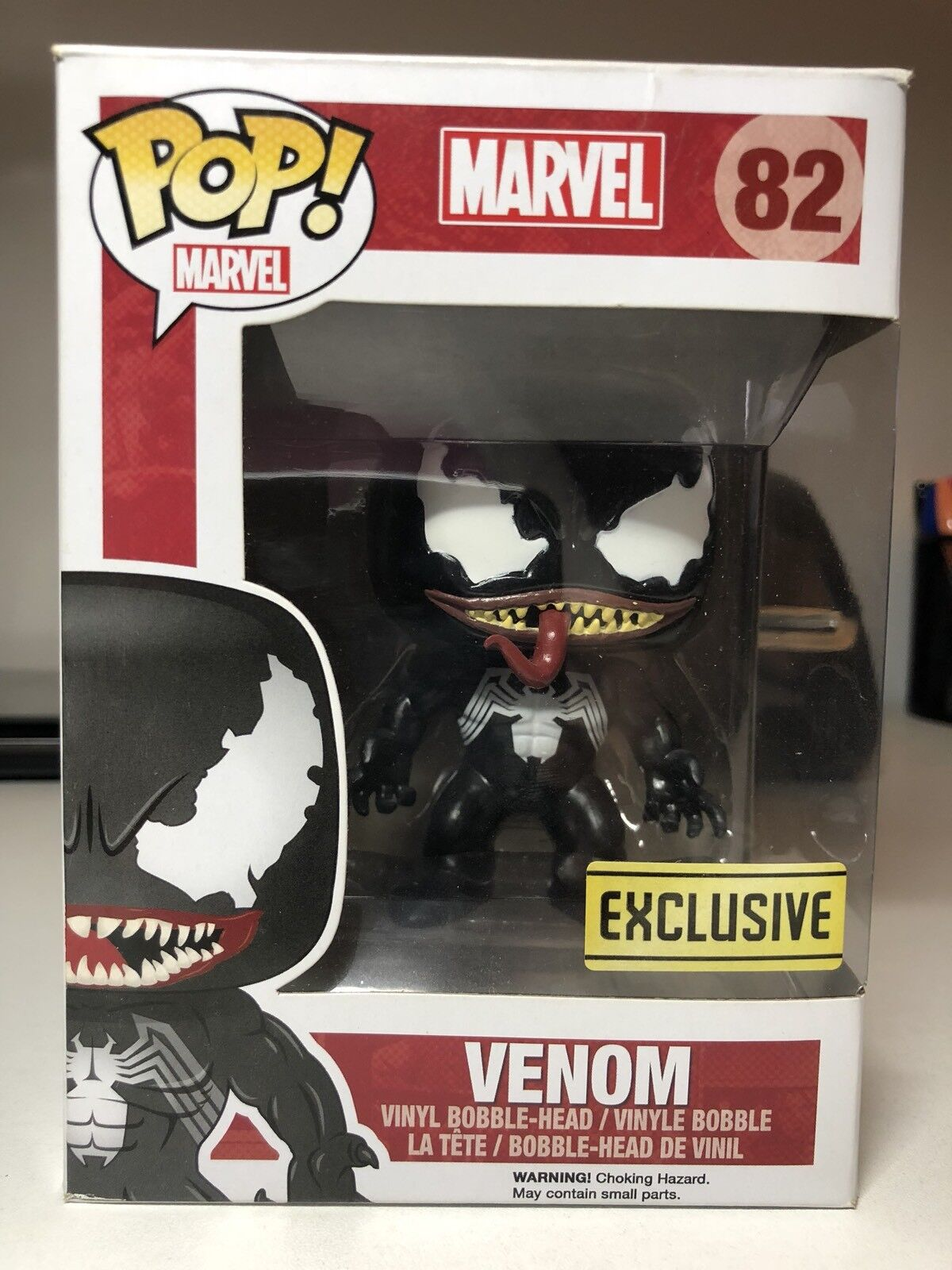 Venom Marvel Pop Funko 82 Vaulted DAMAGE TO TOP