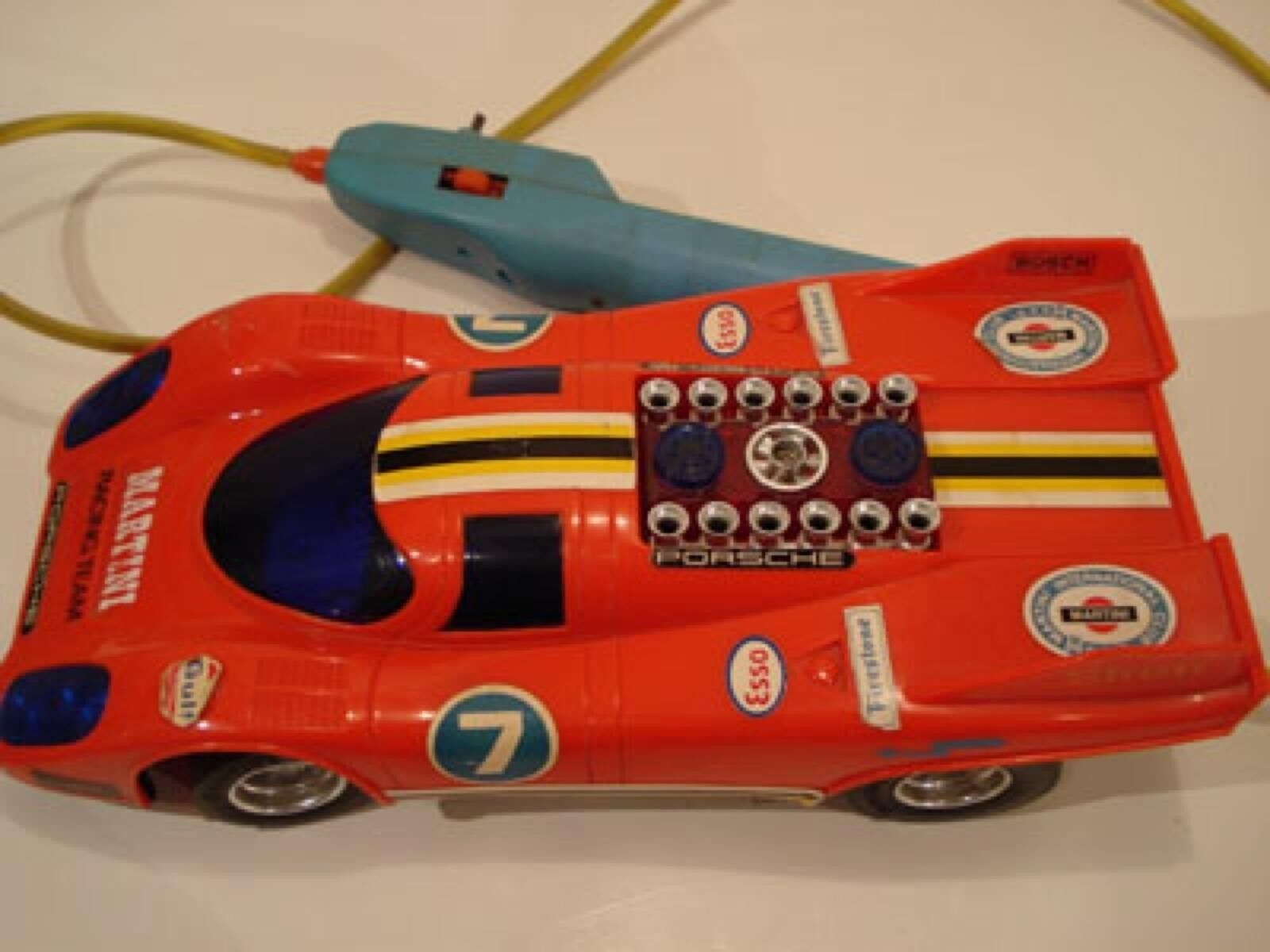 Playwell (Hong Kong) Red Porsche 917K Martini Racing Team Plastic Electric 1 16