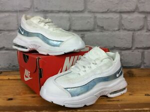 best service a65a7 afc39 Details about NIKE UK 8.5 EU 26 AIR MAX 95 WHITE REFLECTIVE BLUE LEATHER  TRAINERS CHILDRENS