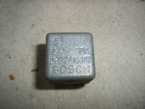 Relais-Relay-Bosch-033204107-12V-30A-Lancia-Thema-8-32-Ferrari-etc