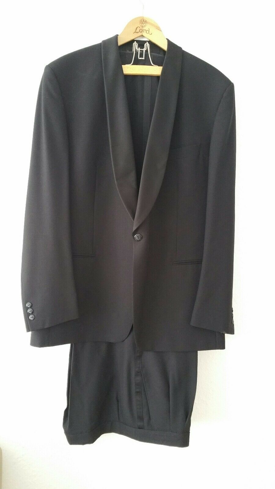 Edler Anzug von Atelier Torino BY KONEN MÜNCHEN schwarz Gr. 54 reine Schurwolle   | Spielen Sie das Beste  | Neuheit  | Um Sowohl Die Qualität Der Zähigkeit Und Härte