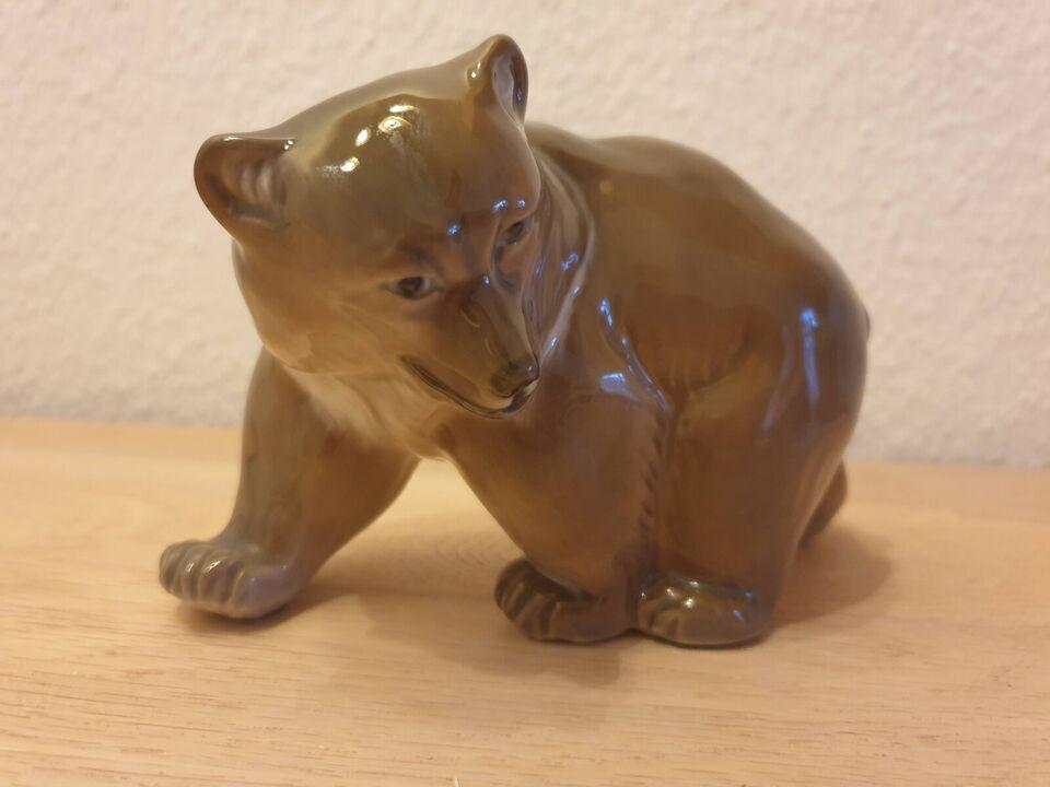 Porcelæn, Porcelænsfigur - gående brun bjørn, Royal