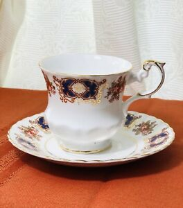 Vintage-Rosina-Bone-China-Cup-amp-Saucer-Set-Made-In-England