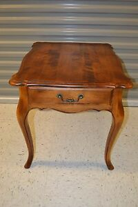 Ethan Allen Country French Lamp End Table Birch #26-8303 #236 Fruitwood (d)