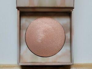 Urban Decay Naked Illuminated Shimmering Powder reviews in