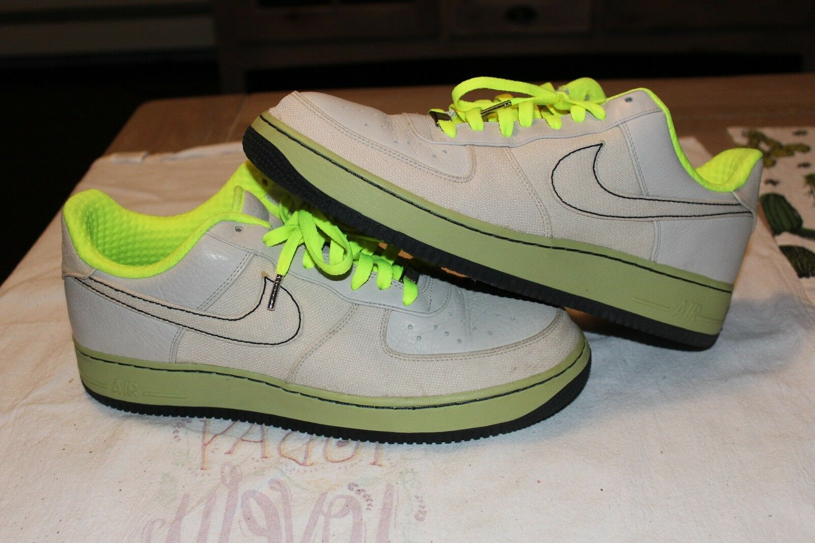 Nike Air Force Low Canvas Neon Volt