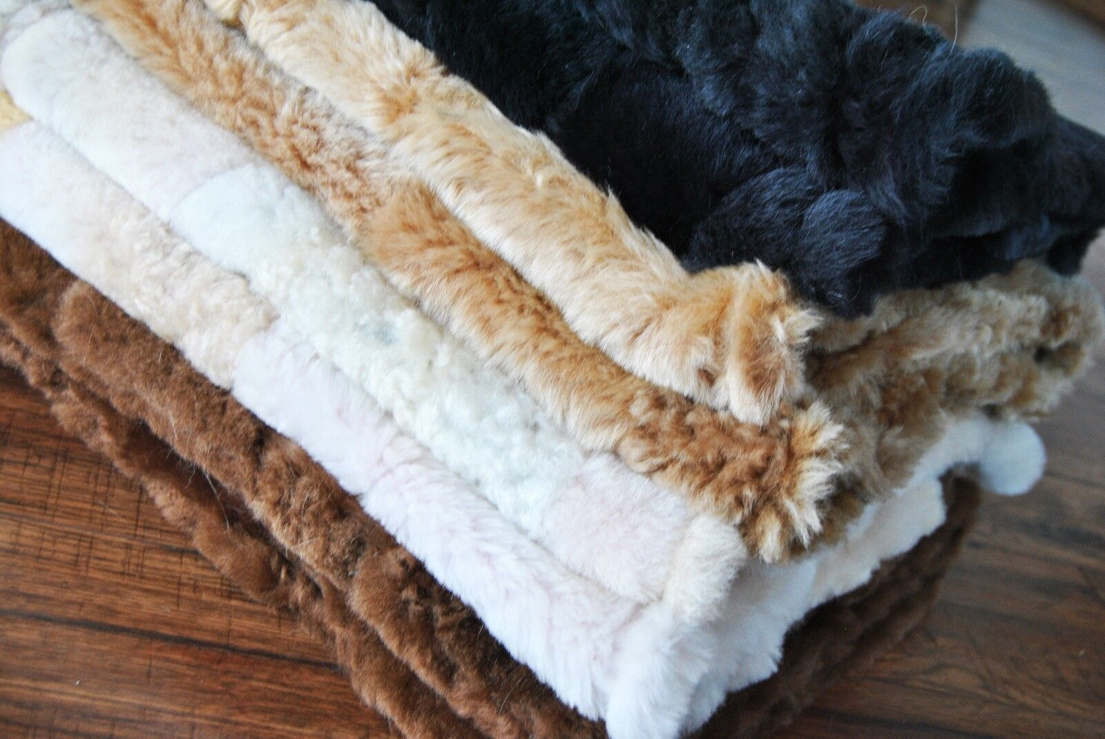 Genuine Australian Lamb skins & Sheepskin products – Wild