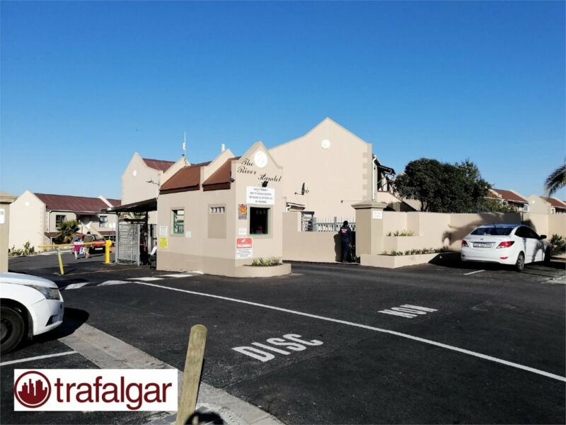 2 bedroom apartment to rent in Tableview.