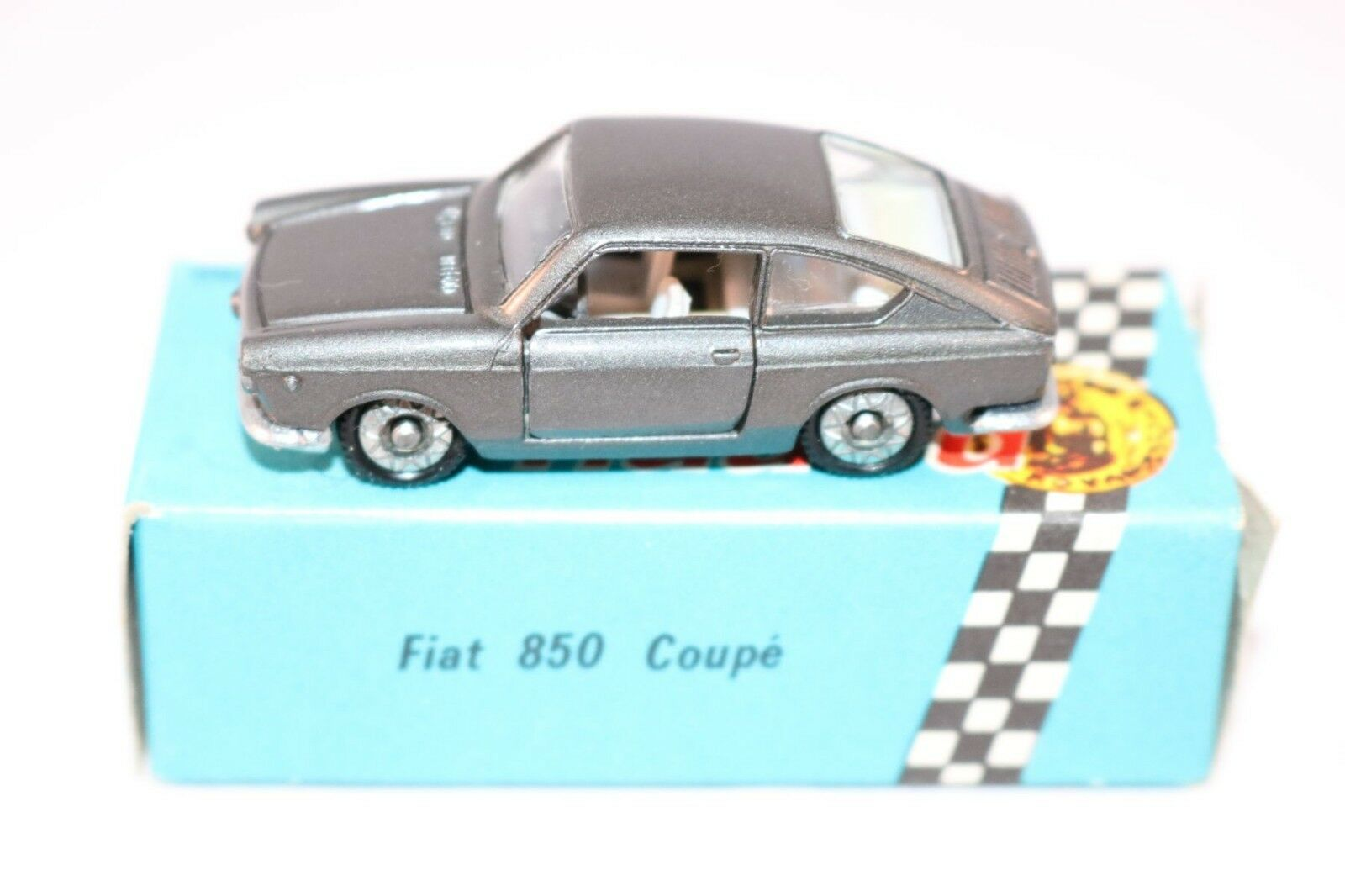 Penny politoys 0 30 30 30 Fiat 850 Coupe perfect mint in box a beauty 9cda8b