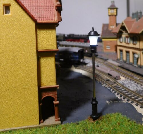 Lampen 10 Laternen LED 64 mm hoch