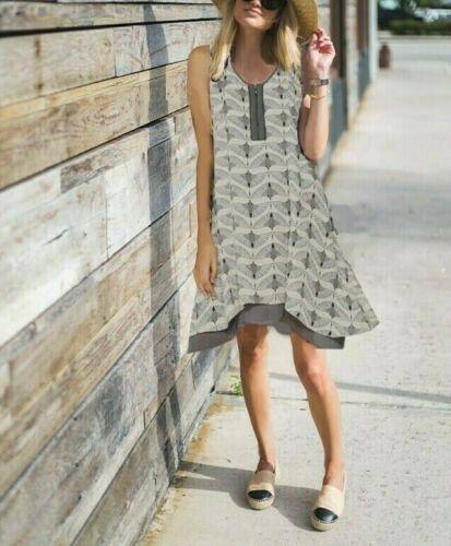 £109! SALE Mint Velvet zip front bird print Cocoon chic dress UK 12 14
