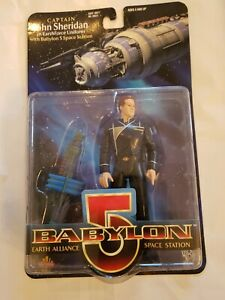 BABYLON-5-Captain-John-Sheridan-carded-6-034-EXCLUSIVE-PREMIER-figure-1997
