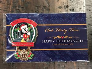 Club-33-Happy-Holidays-2014-MICKEY-MOUSE-Pin-Disneyland-LE-1500-EXCLUSIVE-NIP