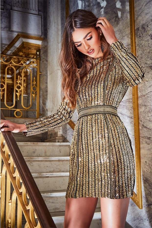 In The Style Premium Sequin Metal Trim Bodycon Dress Größe 8 BNWT RRP  Gold