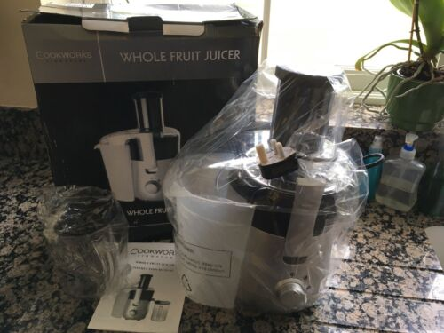 Cookworks Signature Table Top Whole Fruit Juicer KP60PD 600W Silver Black Pulper