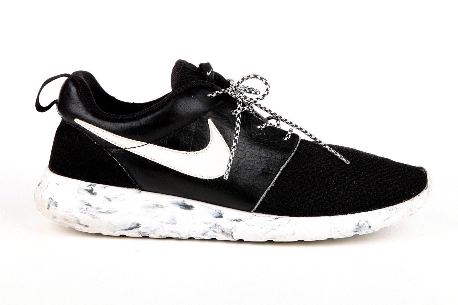 NIKE ROSHE RUN Sneakers Men's US 10 Black Paint Splatter White Swoosh Custom