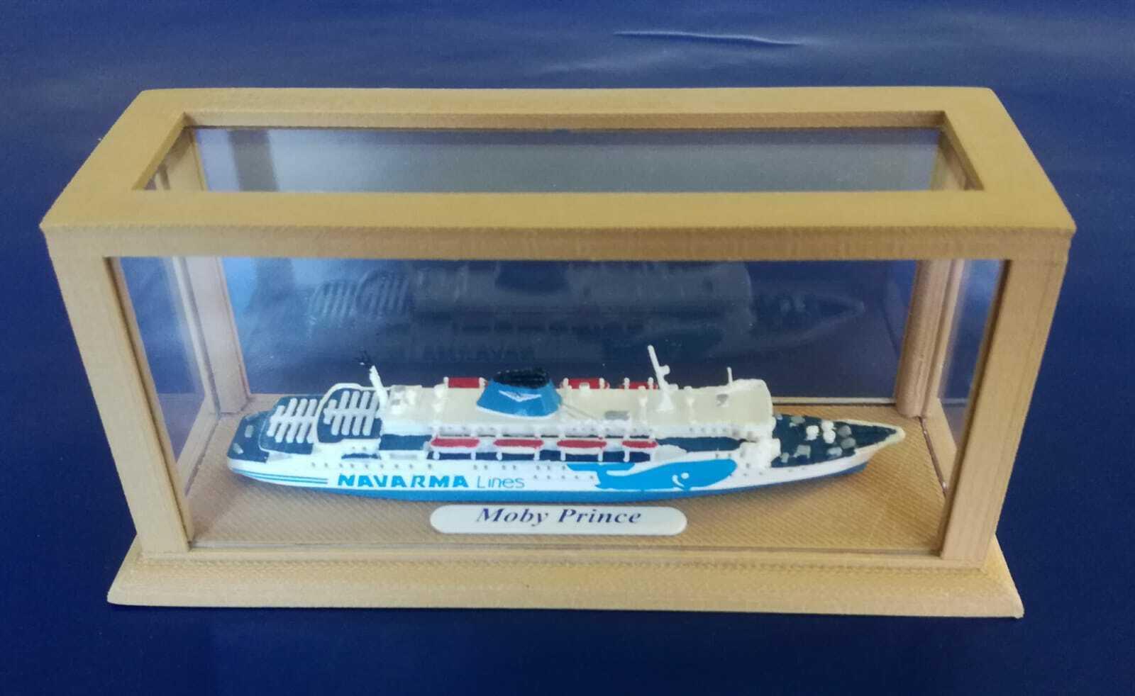 MOBY PRINCE ex Koningin Juliana modellino nave scala 1 1000 MOBY- Navarma Lines