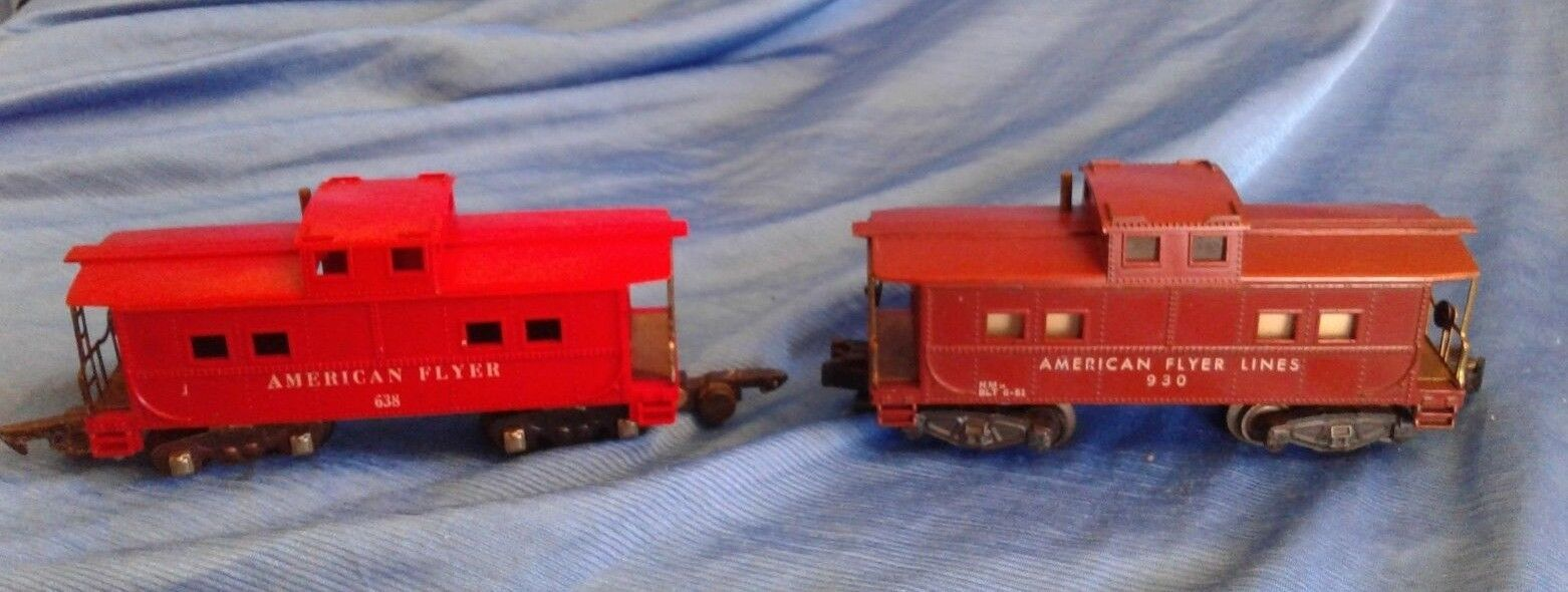American Flyer 930 638 Caboose GILBERT Vintage Toy Train Red Brown Lot of 2