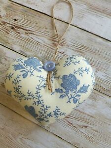 HANDMADE-SHABBY-CHIC-FABRIC-HANGING-HEART-DECORATION-BLUE-FLORAL-GIFT