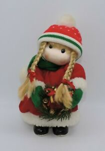 Terrys-Village-Musical-Christmas-Girl-Head-Moves-When-034-Jingle-Bells-034-Plays-A8