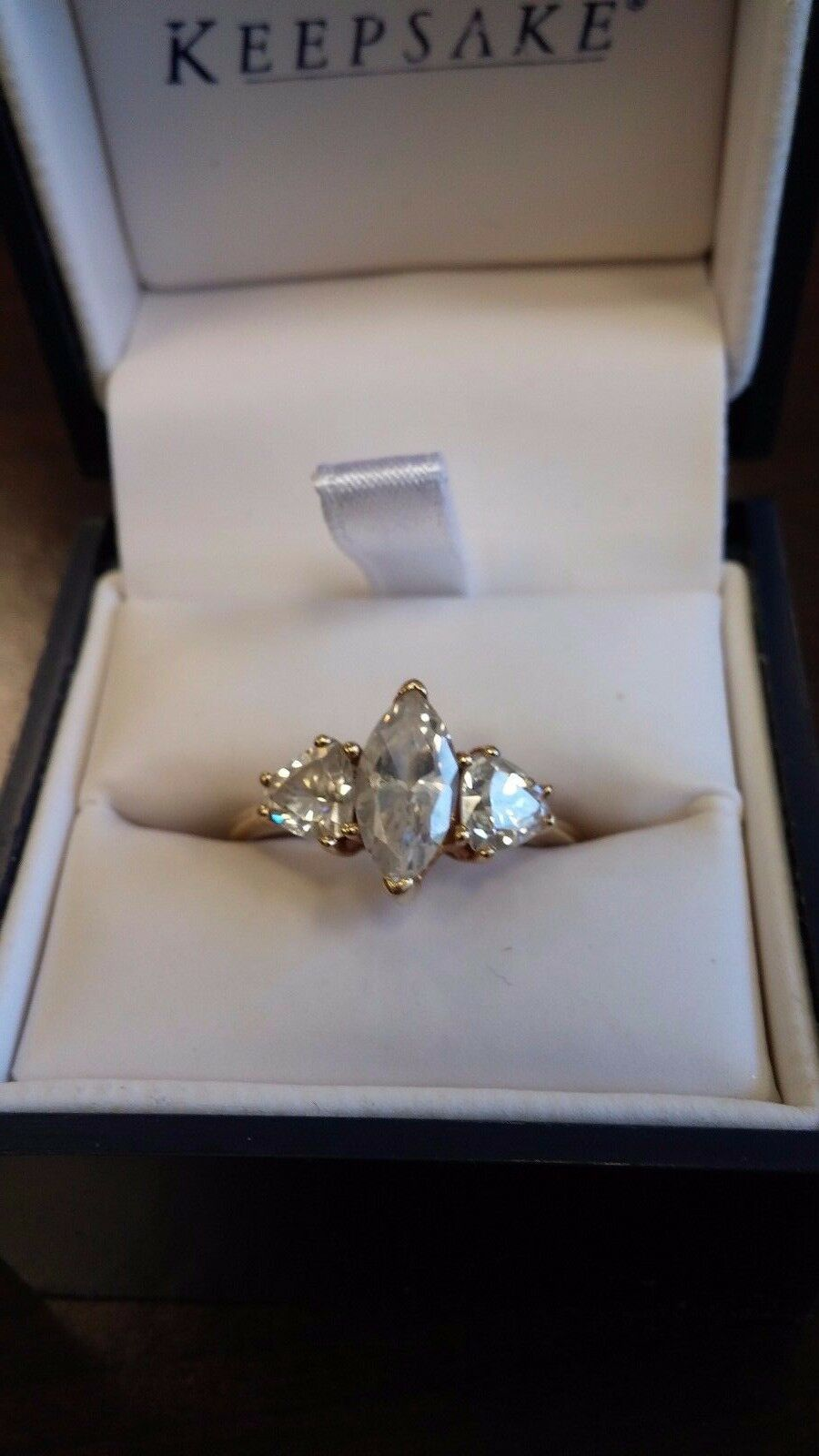 10k Yellow gold Marquise Solitaire Women's RIng Size 8  2.00 tct 3 CZ G15