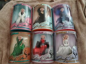 Marilyn-Monroe-12-034-Complete-Doll-Set-By-DSI-1993