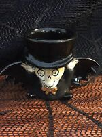 YANKEE CANDLE BONEY BUNCH 2011 BONEY BAT TEA LIGHT HOLDER