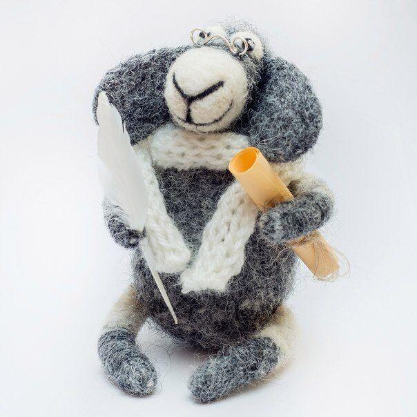 Needle Felted Sheep Figurine Merino Wool Natural Toy Miniature Animal Sculpture