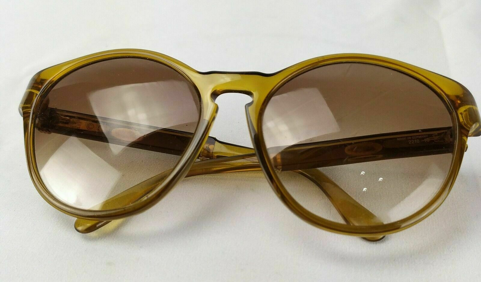 Sunglasses Vintage Christian Dior Mod. 2210 Made in Germany-show original title