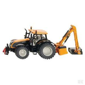 Siku Valtra à l'échelle 1:32 modèle de tracteur avec tondeuse à banque à collectionner