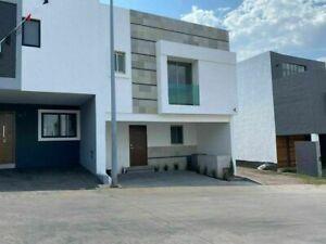 Casa en Zapopan Coto Alberca, 5min la Cima, Valle Imperial, Vista Bosque diente