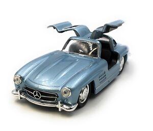 Maquette-de-Voiture-Mercedes-Benz-300-Sl-Ancienne-Bleu-Auto-1-3-4-39-Licence