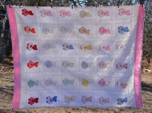 Vintage-Sunbonnet-Sue-Applique-Quilt-white-w-pink-border-aprx-98x80-034