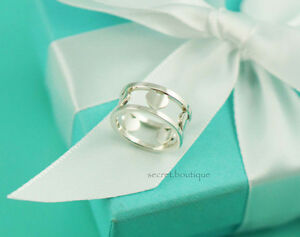 AUTHENTIC-Tiffany-amp-Co-Heart-Cut-Out-Band-Ring-Size-5-737